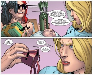 harley-quinn-black-canary-gifts-injustic-comic-02