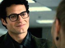 Henry Cavill tests Clark Kent disguise in times square
