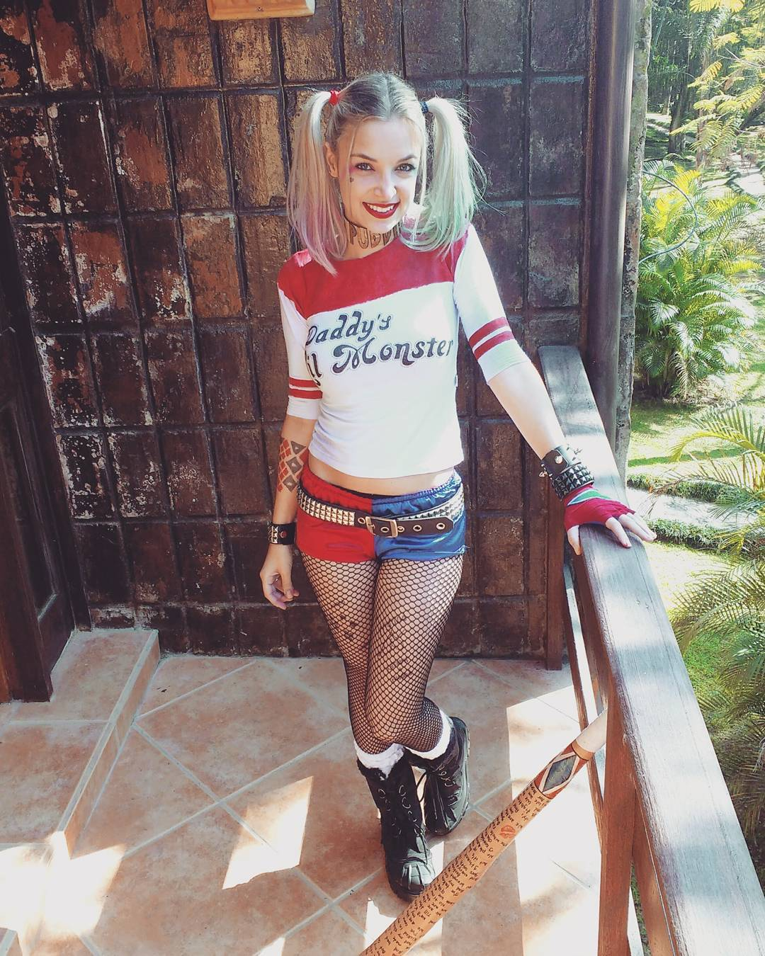 Veronica Bochi cosplaying as Harley Quinn 7