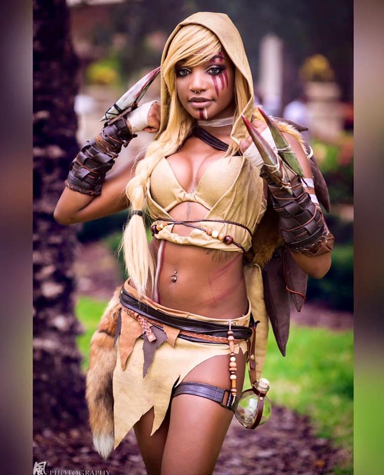Kayyybear cosplay as sandslash